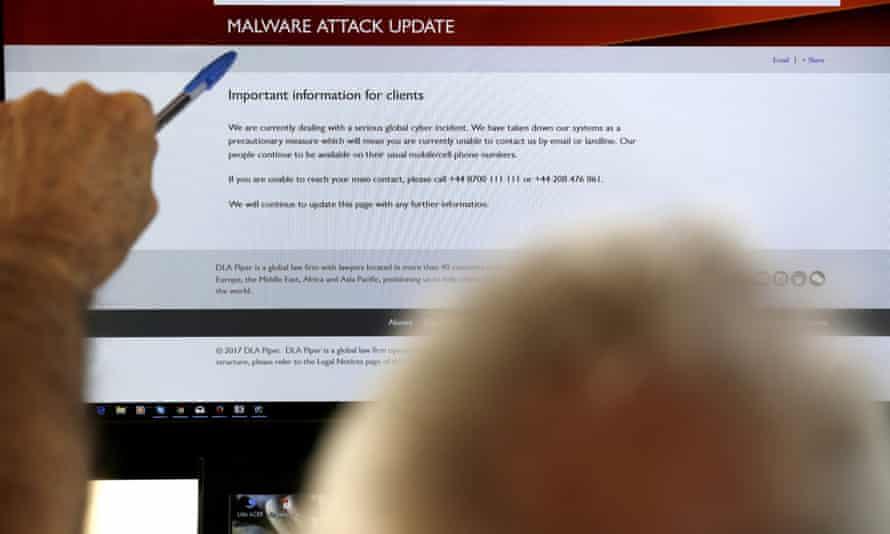 malware warningon a screen