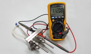 The RMIT-developed proton battery connected to a voltmeter