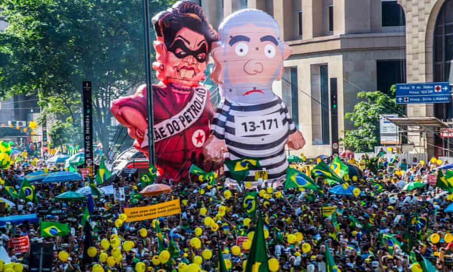 Inflatable effigies of Dilma Rousseff and Luiz Inácio Lula da Silva at a protest in São Paulo in April 2016.