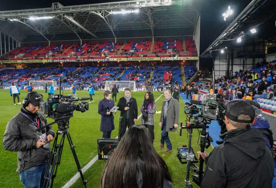 Eilidh Barbour, Michael Owen, Eni Aluko and Lee Dixon before kick-off at Selhurst Park.