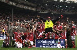 Charlton celebrate promotion to the Premier League.