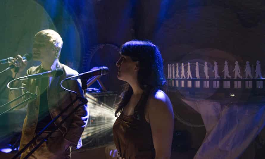 Adam Holmes and Becky Unthank in Flit, at the Barbican London
