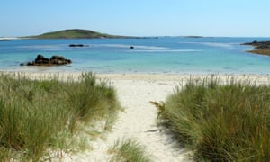 Path to Rushy Bay beach on Bryher, Isles of Scilly.