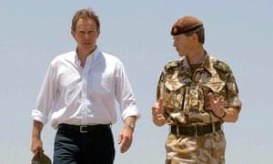 Tony Blair with Brigadier Adrian Bradshaw, commander of 7th Armoured Brigade