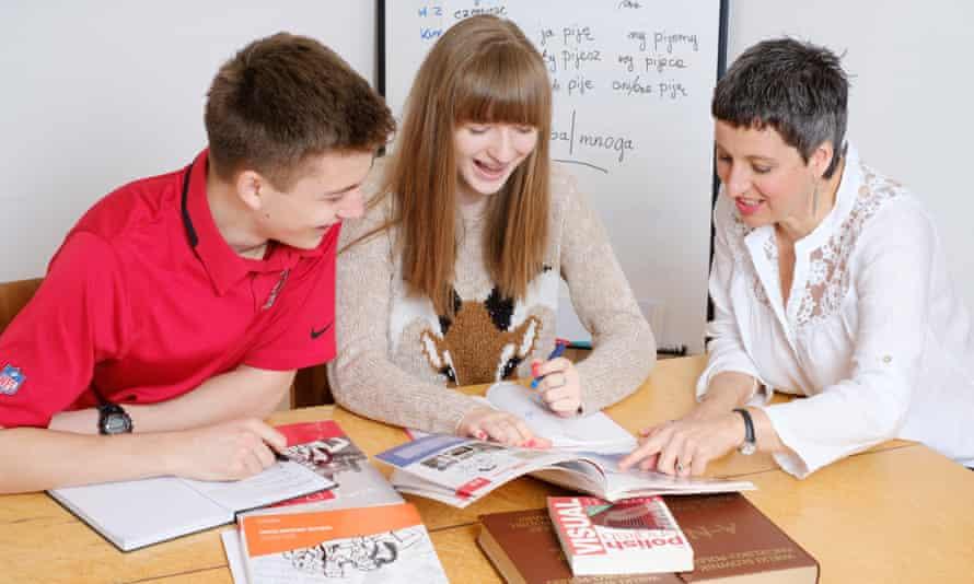 Marta Drew teaching children Polish