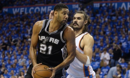 Tim Duncan, front: man of charisma