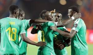 Sadio Mané celebrates after scoring the winner for Senegal against Uganda.