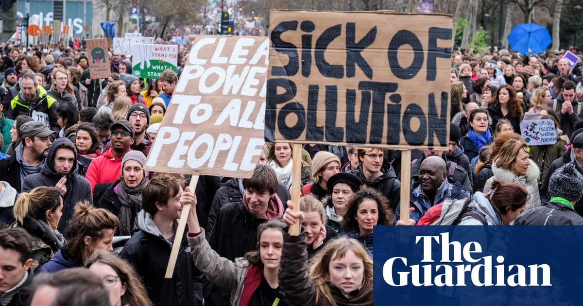 Climate change activists vow to step up protests around world