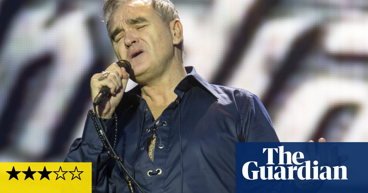 fb10ba1b3 Morrissey and the Misfits at Riot Fest review – old punks creak out hits