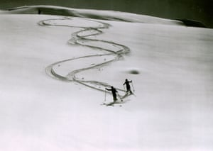 Turn to turn - Parsenn region, Davos (Bogen am Bogen - Parsenngebiet bei Davos), 1940s vintage gelatin silver print ferrotyped