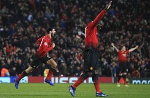 Marouane Fellaini, left, celebrates after scoring the opening goal.