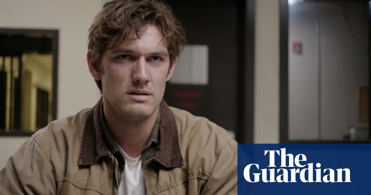 Alex Pettyfer: 'You have to be secure to work with men'