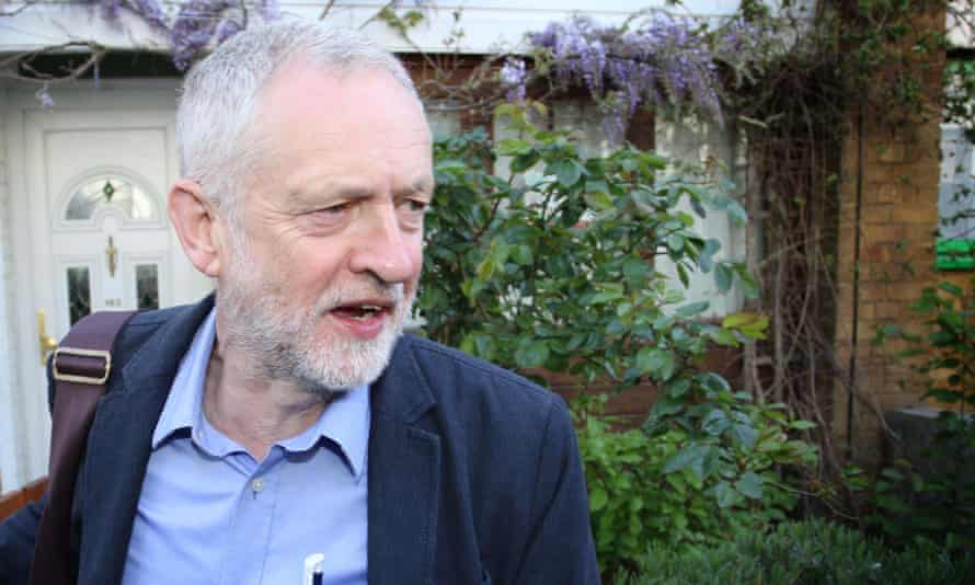 Jeremy Corbyn leaves his home in Islington, north London