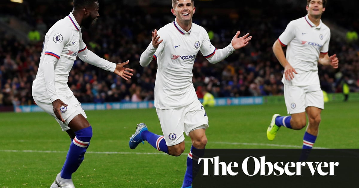 Christian Pulisic's hat-trick fires Chelsea to seventh consecutive victory