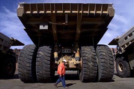 Giant mining trucks at Kalgoorlie