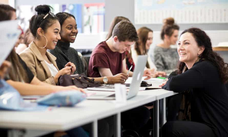 The University of Huddersfield's flying start initiative helps students build connections with friends and tutors.
