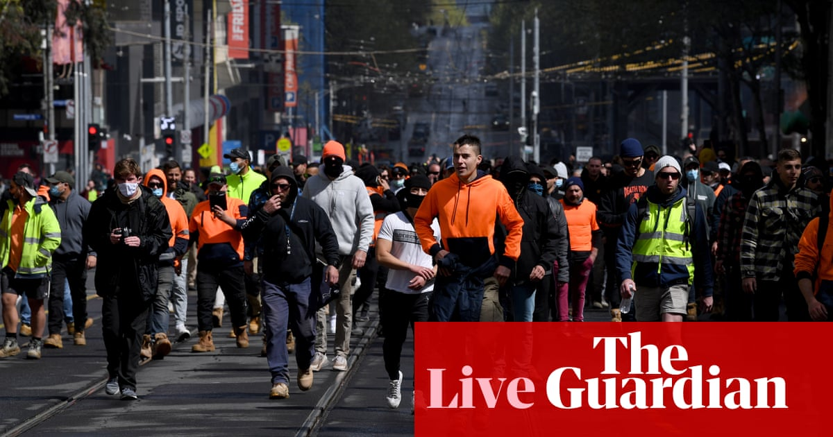 Australia Covid live news update: riot police in Melbourne as protesters head to parliament; NSW records 1,022 cases, 10 deaths; Victoria records 603 cases, one death