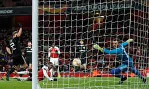 Arsenal's Eddie Nketiah puts the ball into the net but it's disallowed for offside.