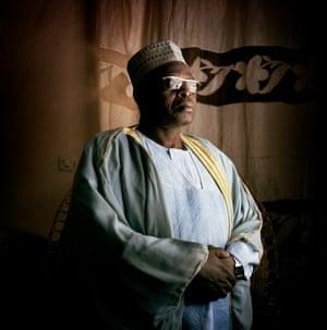 Sa Majesté Lougoumana Alhadji, the leader of Meme village.