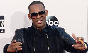R Kelly appears at the American Music awards in Los Angeles, 24 November 2013.