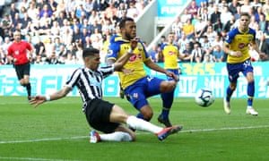 Ayoze Pérez, pictured scoring his second goal, scored twice in quick succession before adding a third to snuff out Southampton's hopes of a late comeback.