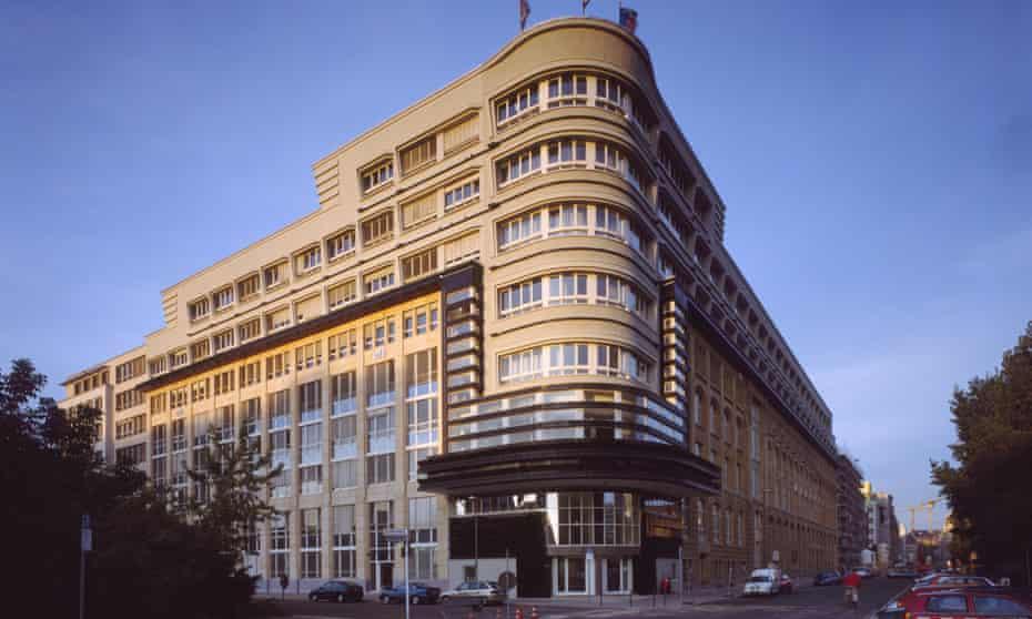 Exterior of architect Erich Mendelsohn's Mossehaus art-deco building – an example of Streamline Moderne style, Berlin.