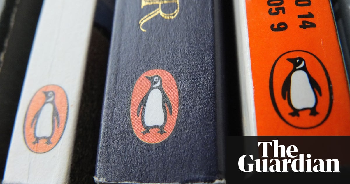 Pearson profit warnings wipe almost 2bn off its value business pearson plans to sell its penguin random house stake as shares plunged after a profit warning photograph tim irelandpa fandeluxe Image collections
