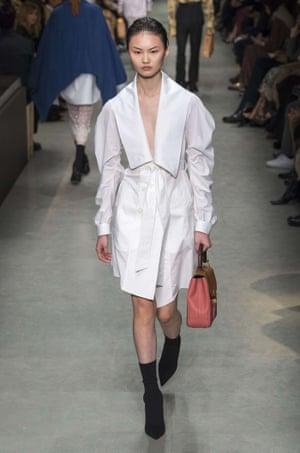 Burberry AW17, London fashion week.