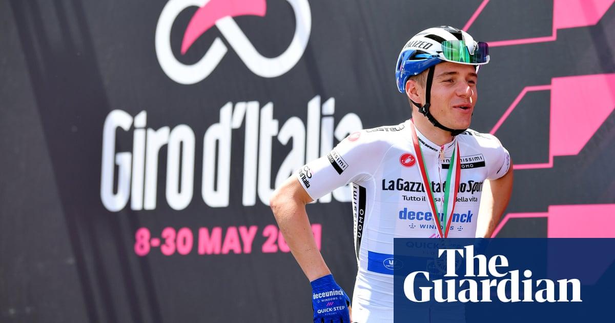 Remco Evenepoel makes Giro d'Italia splash in first race since brutal crash