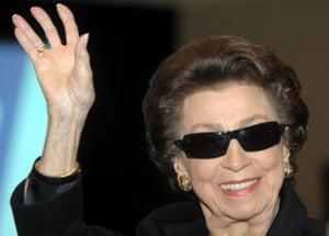 Nancy Sinatra Sr in 2007.