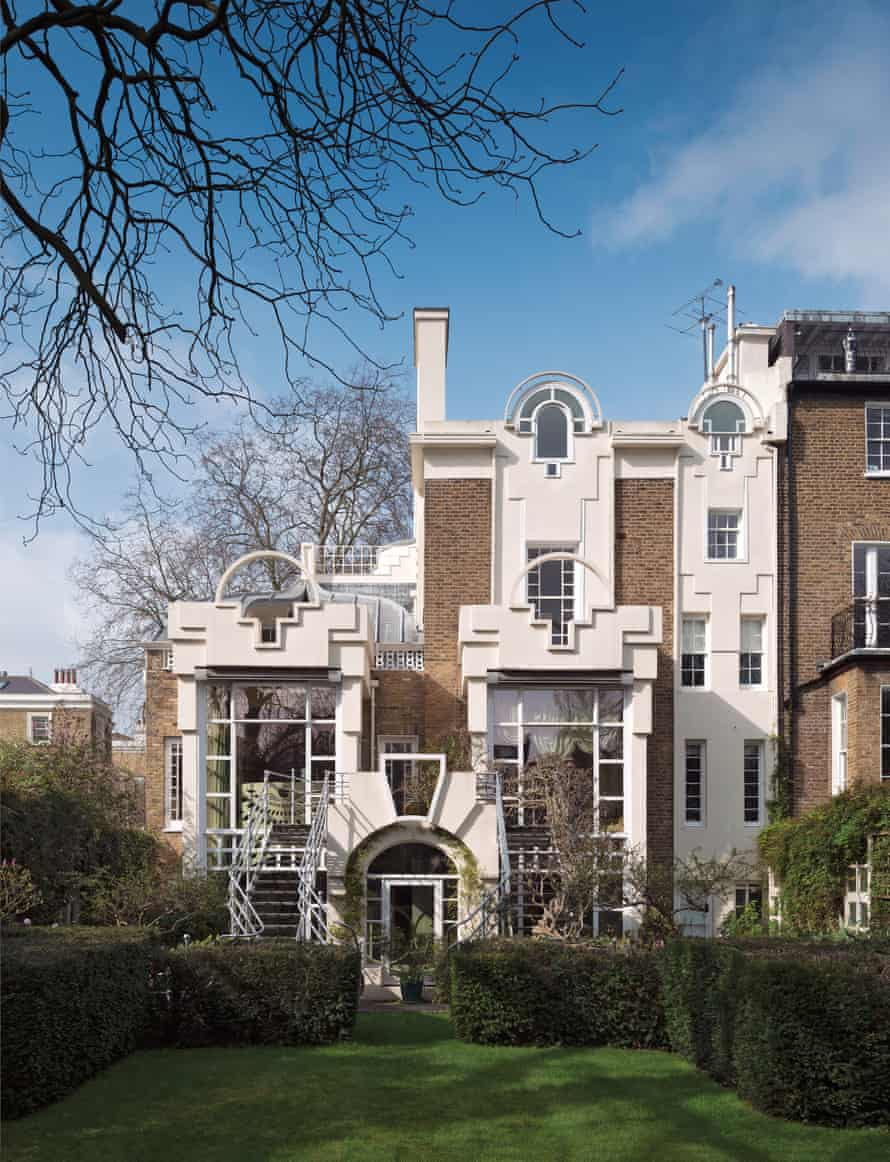 19 Lansdowne Walk, Holland Park, London – Charles Jencks' Cosmic House.