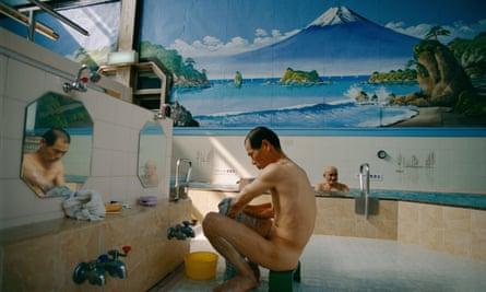 Tokyo's Mount Fuji bathhouse