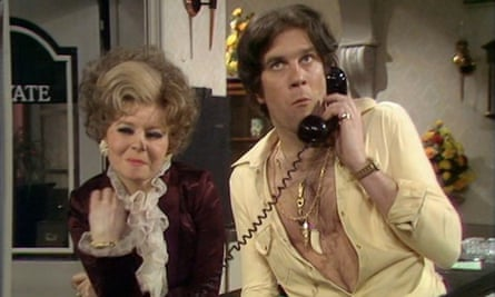 Nicky Henson in Fawlty Towers.