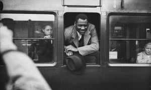 Robeson at Waterloo Station in London in 1935.