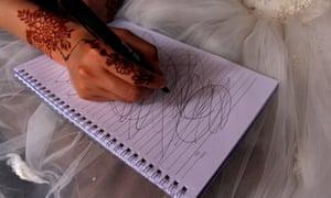Hosnia draws to indicate her stress