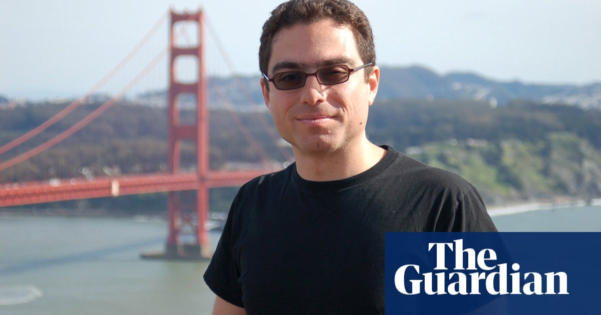 Hopes raised for two Americans jailed in Tehran being freed