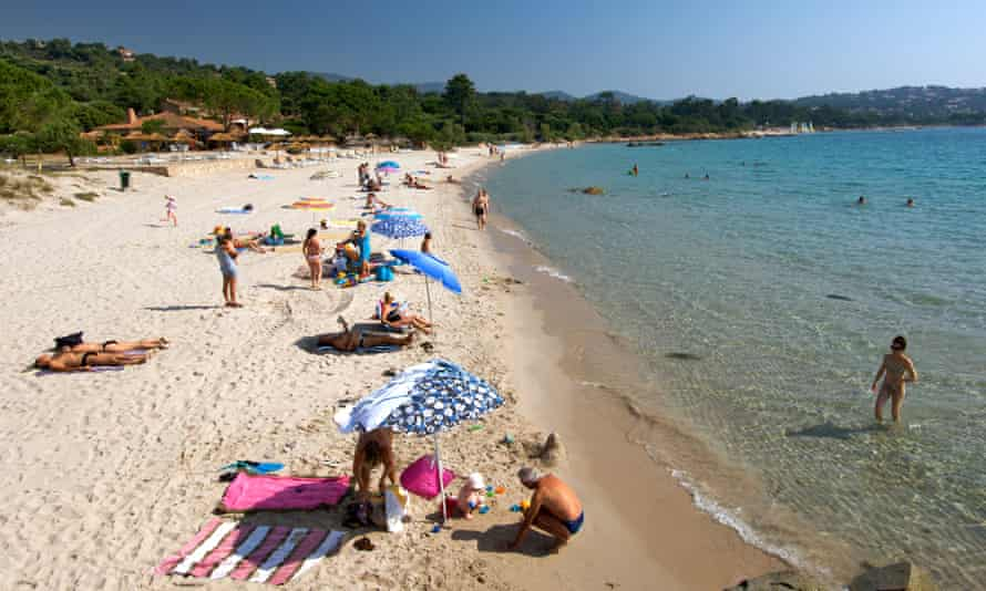 Holidaymakers on Corsica beach