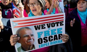 Protesters call for López Rivera's release at the White House on 9 October.