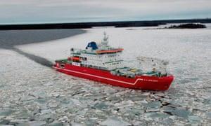 The 13,700-tonne icebreaker SA Agulhas.