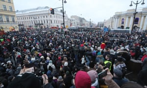 Unauthorized rally in support of Russian opposition activist Navalny held in St PetersburgST PETERSBURG, RUSSIA - JANUARY 23, 2021: People take part in an unauthorized rally in support of Russian opposition activist Alexei Navalny in a street. Alexander Demianchuk/TASS (Photo by Alexander Demianchuk\TASS via Getty Images)