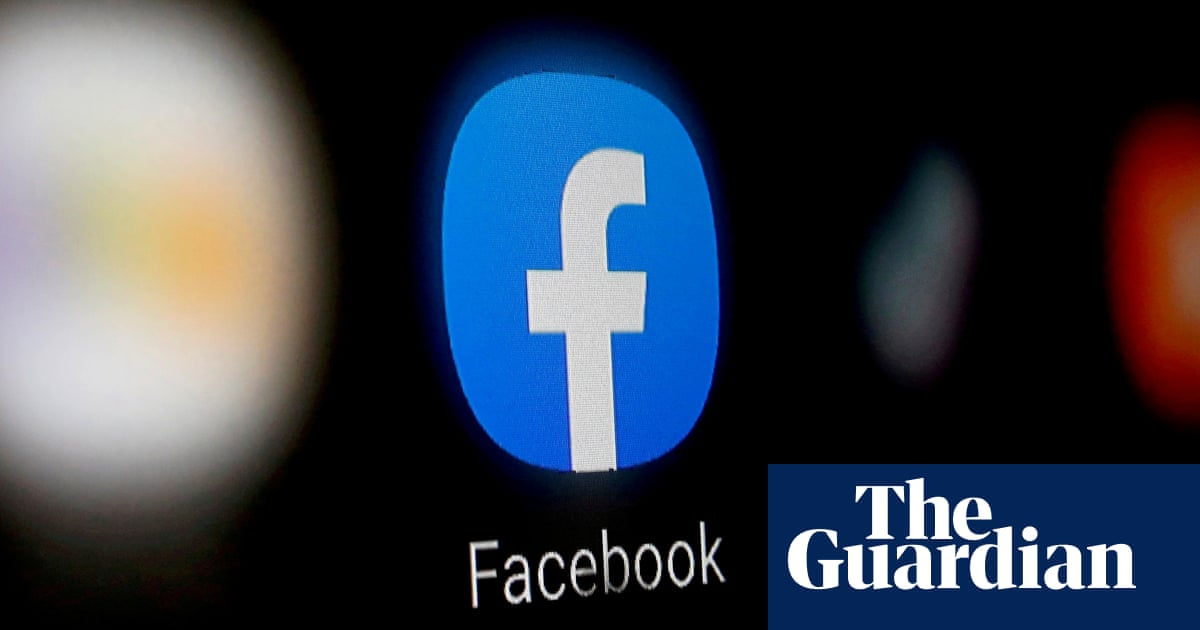Facebook reports fastest quarterly growth in five years