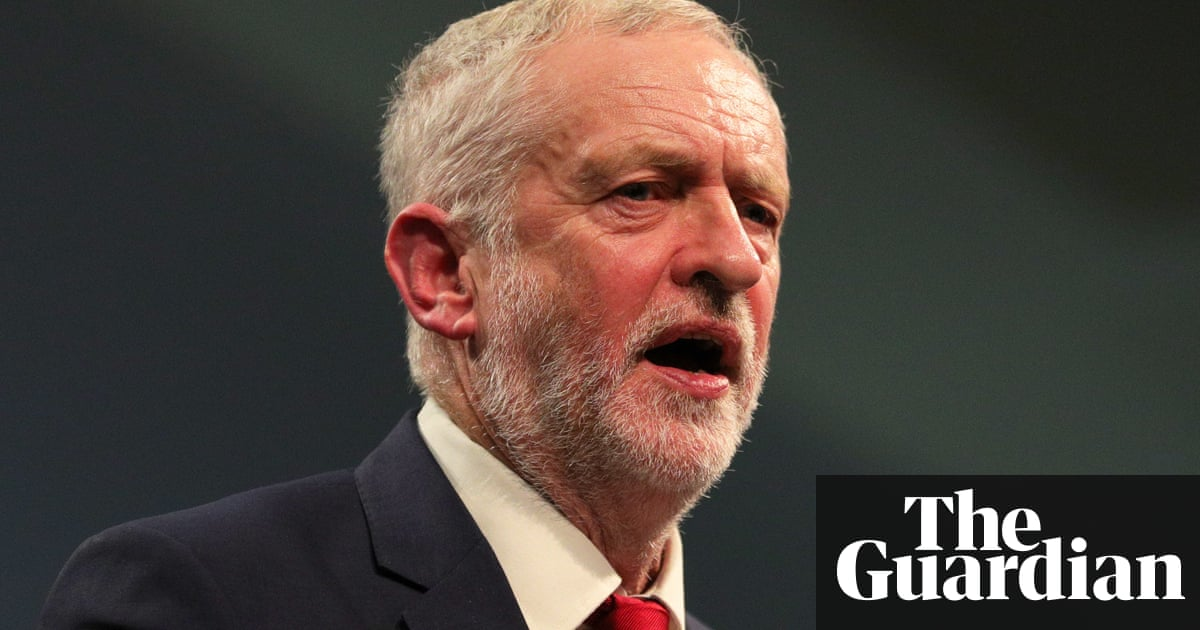 Corbyn on Carillion: we'll end outsourcing 'racket' in rule change