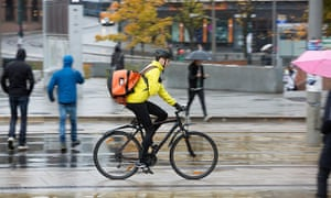 A cycle courier