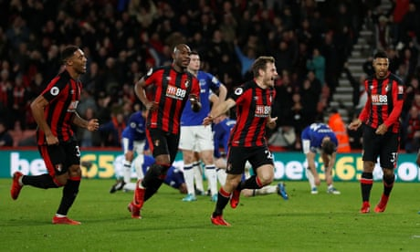 Ryan Fraser at the double for Bournemouth to see off Everton