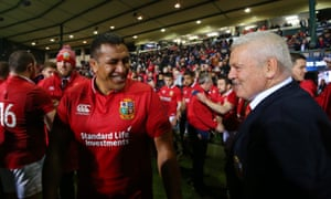 The Lions head coach, Warren Gatland, and Mako Vunipola enjoy the atmosphere in Rotorua after the match against the Maori All Blacks on the 2017 tour of New Zealand.