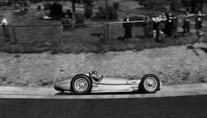 Seaman in action in his Mercedes Benz W154 in 1938.