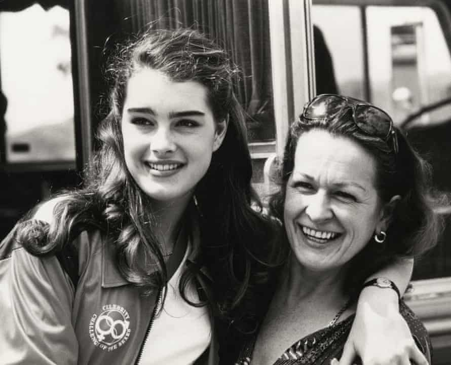 Actor Brooke Shields and her mother Teri in 1980