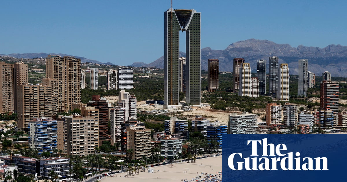 Tallest apartment building in EU finally completed in Benidorm