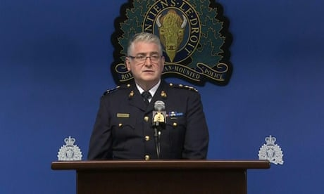 Canadian police will not release murder suspect videos to not sensationalize violence – video