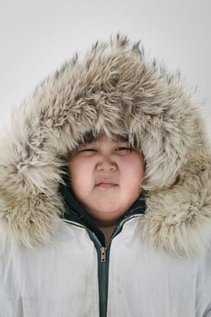 Steven Reich, son of the captain of Yugu crew, is eleven and has spent many years camping on the sea ice with his father and crew. Despite his youth, his confidence out on dangerous environment of the sea ice attests to his upbringing as an Iñupiaq whaler.
